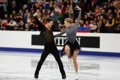 «Опять будут мемы про мою радость». Степанова и Букин зажгли в ритм-танце