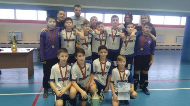 Елабужские учащиеся сыграли в турнире по мини-футболу