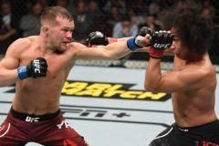 Ян настучал американцу. Русский парень рвет и мечет. Итоги чешского турнира UFC (видео, статистика)