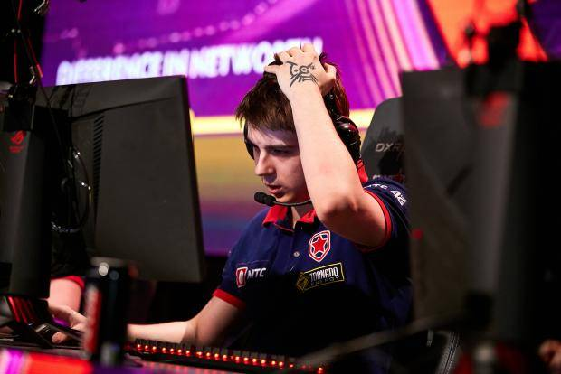 Gambit прошли в полуфинал StarLadder Minor