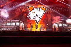 Virtus.pro вышла в верхнюю сетку DreamLeague Major по Dota 2