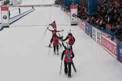 Сборная Норвегии выиграла золото в женской эстафете на ЧМ, россиянки – на 5-м месте
