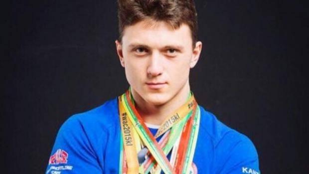 Пестречинец Артур Макаров завоевал первое место на чемпионате России по армрестлингу