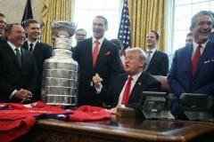 «Вашингтон» с Кубком Стэнли посетил Белый дом (фото)
