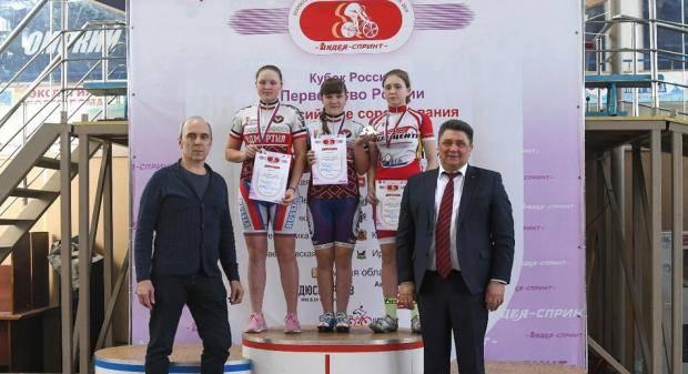 В Омске проходят сразу три всероссийских состязания по велоспорту на треке