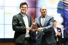 Маир Мамедов: Карслен убедился, как у нас любят шахматы