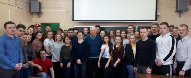 Прославленный тренер Борис Васильковский провел встречу со студентами ВоГУ