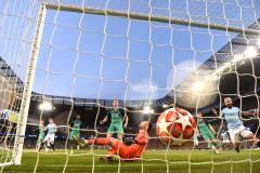 Динияр Билялетдинов: Так и не понял, почему отменили победный гол «Манчестер Сити»