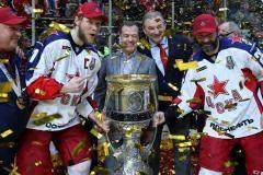 Как ЦСКА отметил победу в Кубке Гагарина. И что еще произошло, пока вы спали