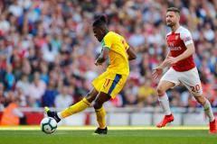 «Арсенал» на своем поле проиграл «Кристал Пэлас»