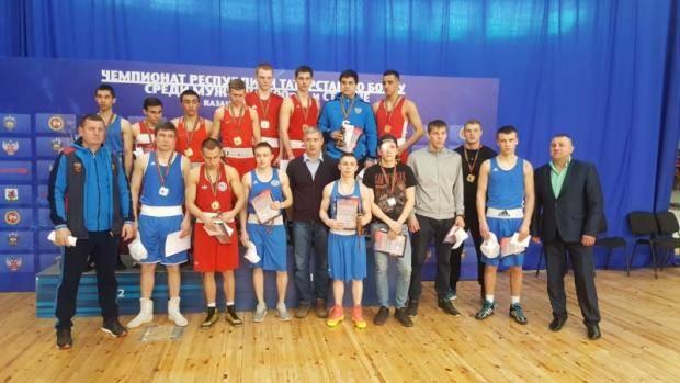 Челнинские спортсмены успешно выступили на Чемпионате РТ по боксу