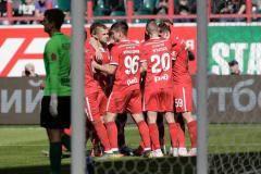 «Мы верим, что «Зенит» можно догнать». Игроки «Локомотива» после матча с «Енисеем»