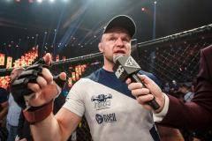 Саадулаева послали в глухой нокаут, а Шлеменко ведет переговоры с UFC. Главное в ММА за неделю