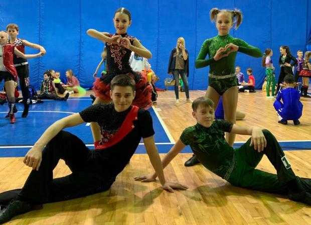 Крымские спортсмены пробились в финал Спартакиады по акробатическому рок-н-роллу