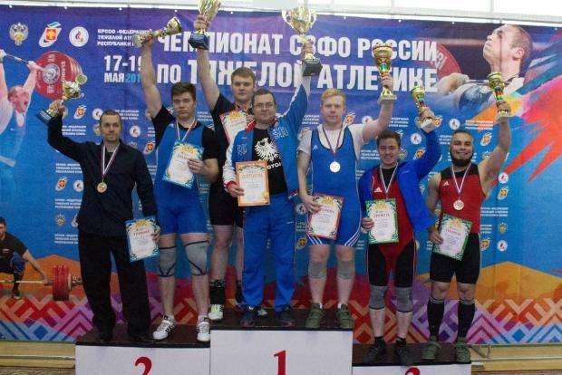 Республика Коми в лидерах чемпионата СЗФО по тяжелой атлетике