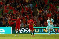 У Криштиану с Португалией – второй титул за три года. Чем ответит Месси?