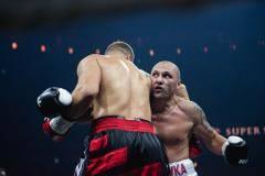Два грязных боксера и один глухой судья. Каким будет бокс (видео)