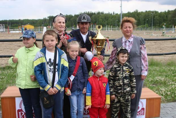 Южноуральцы завоевали 14 медалей на Кубке губернатора Челябинской области по конному спорту