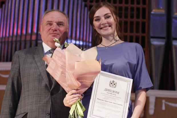 Молодежную премию Губернатора вручили шести омичам