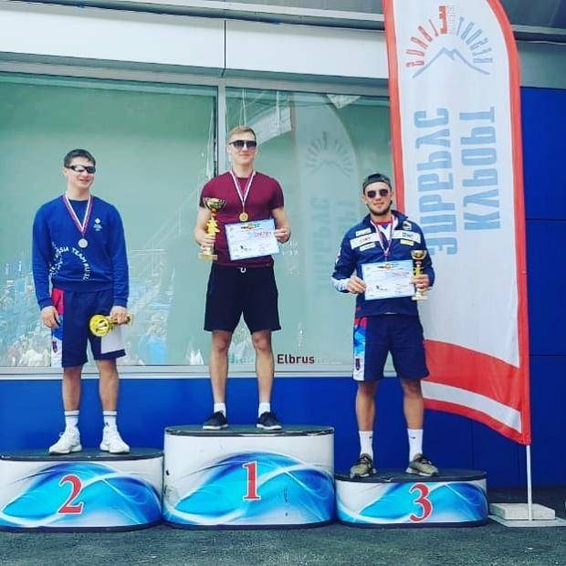 Сахалинские горнолыжники взяли серебро и бронзу на соревнованиях «Приз Эльбруса»