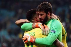 Победа Бразилии, продажа Черышева и дом Шараповой. Главное за сутки