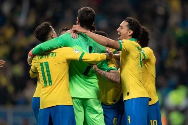 Бразилия победила Парагвай по пенальти и вышла в полуфинал Кубка Америки