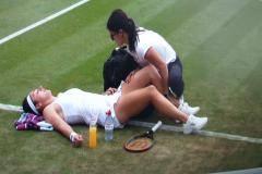 Гаспарян получила травму и не смогла доиграть матч со Свитолиной на Уимблдоне