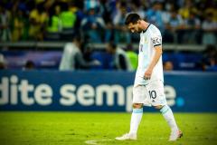 Теперь Месси можно уходить. Аргентина снова проиграла Бразилии