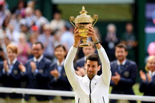 Джокович победил Федерера и стал пятикратным чемпионом Уимблдона