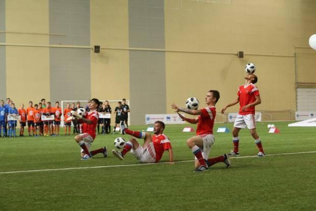 Известные российские футболисты встретятся с участниками детского турнира