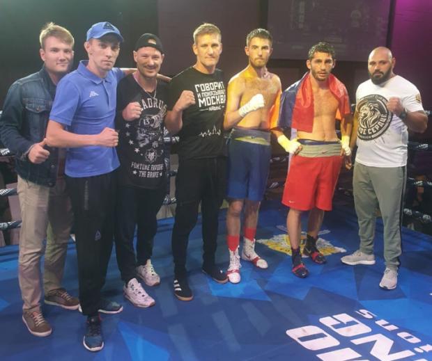 Валерий Данилогорский дебютировал в профессиональном боксе с победы