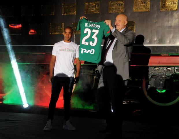 Жоау Мариу: После разговора с Эдером легко принял решение перейти в «Локомотив»