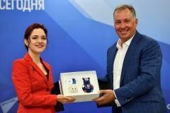 Станислав Поздняков: Энергетика Жени Медведевой поможет российским олимпийцам в Токио