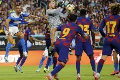 От Вильи до Нету: За девять лет «Барселона» купила у «Валенсии» семь игроков