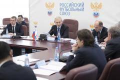 Дюков не уволит Егорова до ноября. Что говорили на заседании исполкома РФС