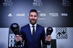 Александр Мостовой: Поддерживаю выбор ФИФА в пользу Месси