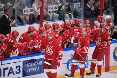 «Витязь» – первый, «Магнитка» – последняя. Итоги выходных в КХЛ в цифрах