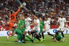 «Севилья» одержала волевую победу над «Реал Сосьедад»