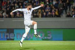 Гол Жиру принес Франции победу над Исландией в матче отбора к Евро-2020