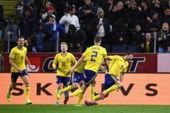 Гол Берга помог Швеции отнять очки у Испании