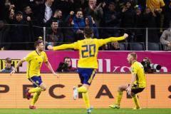 Берг забил Испании, Крал победил Англию. Легионеры РПЛ в матчах за свои сборные