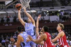 «Зенит» на выезде переиграл «Олимпиакос», одержав первую победу в Евролиге