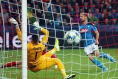 Мертенс обогнал Марадону по голам за «Наполи»