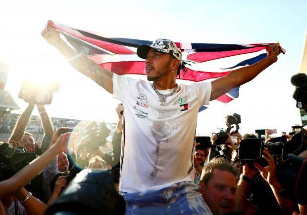 Льюис – шестикратный. Хэмилтону остался один титул до Михаэля Шумахера