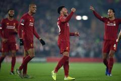 «Ливерпуль» одолел «Генк», «Наполи» сыграл вничью с «Зальцбургом»