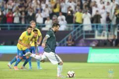 Гол Месси принес Аргентине победу над Бразилией в товарищеском матче