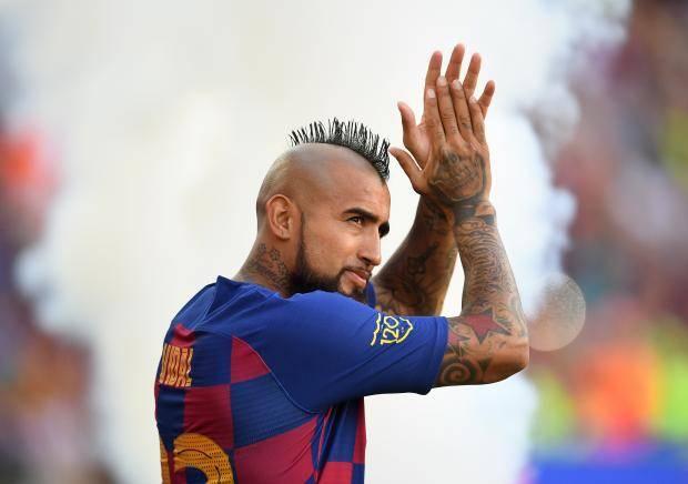 """Arturo Vidal Pogbaga ustozlik qilgani va """"Barselona""""dagi rejalari haqida..."""