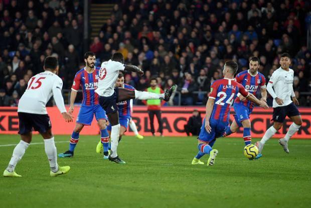 «Ливерпуль» на выезде переиграл «Кристал Пэлас» благодаря голам Мане и Фирмино