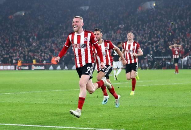«Манчестер Юнайтед» упустил победу в матче с «Шеффилд Юнайтед»