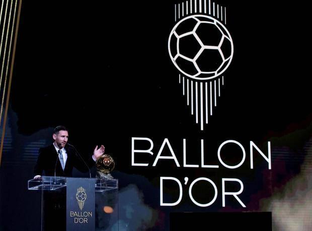 «Золотой мяч» стал призом зрительских симпатий. Пора менять формулу голосования